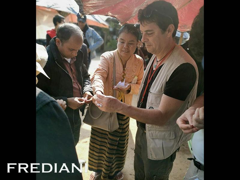 Mogok, Le marché des ombrelles
