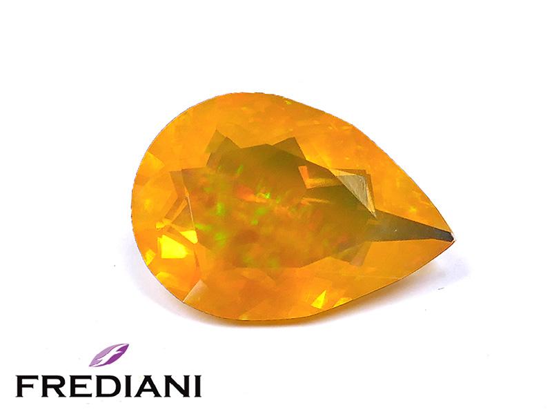 Opale de feu poire naturelle