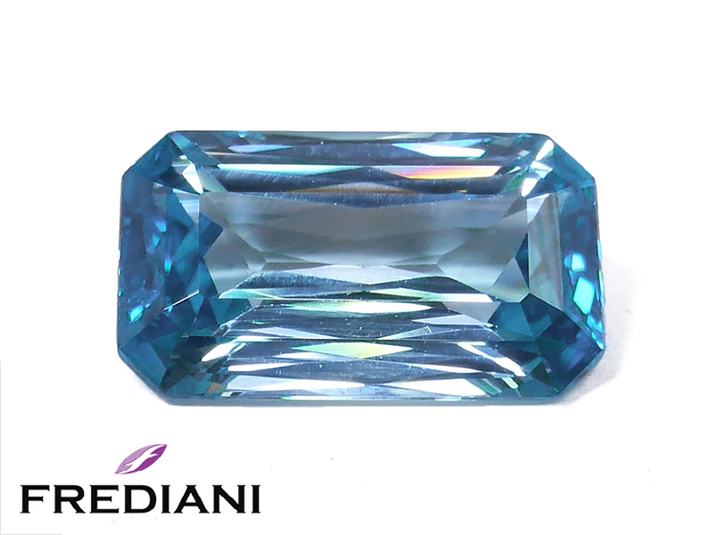 Zircon bleu rectangulaire