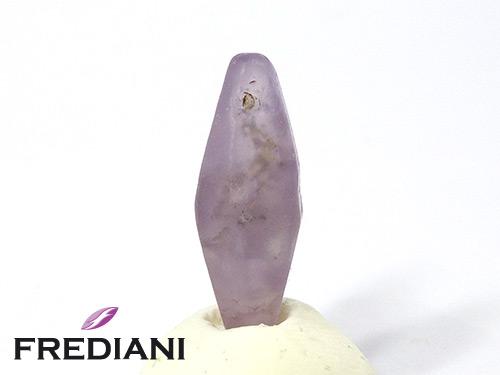 Cristal de saphir violet naturel