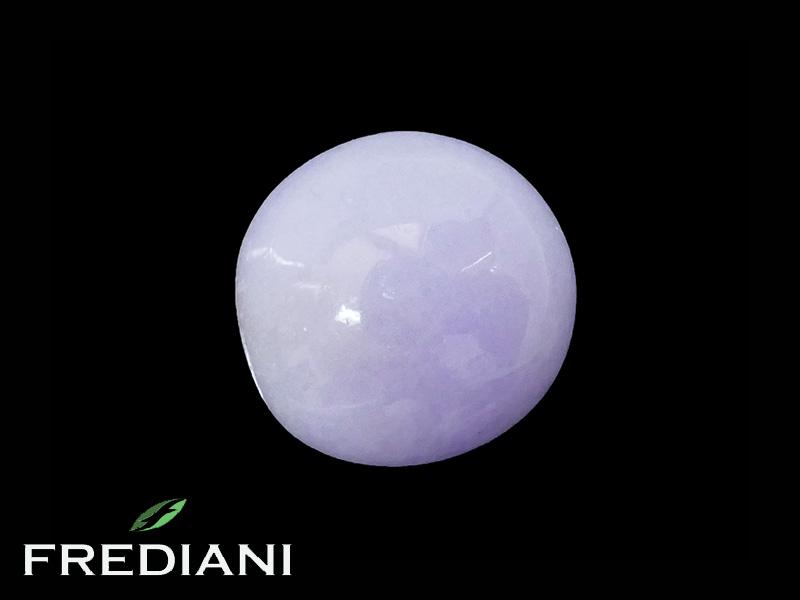 Jade lavande cabochon naturel