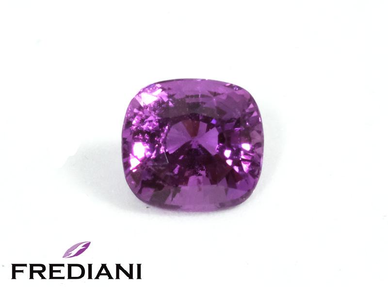 Saphir violet coussin naturel certifié