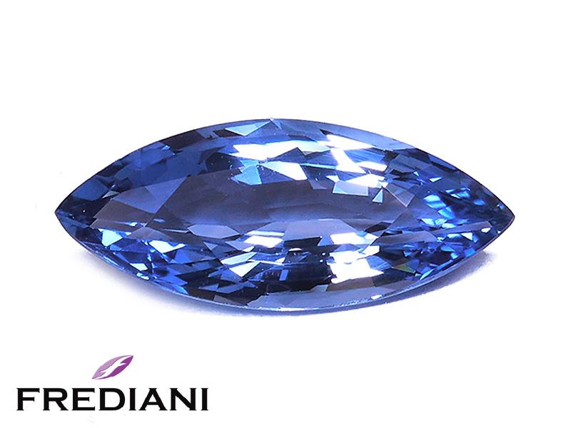 Saphir bleu navette certifié