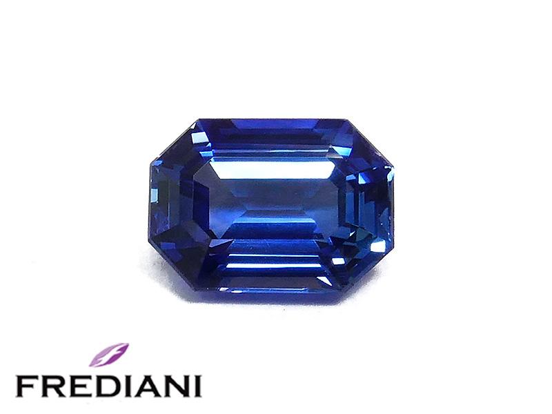 Saphir bleu rectangulaire
