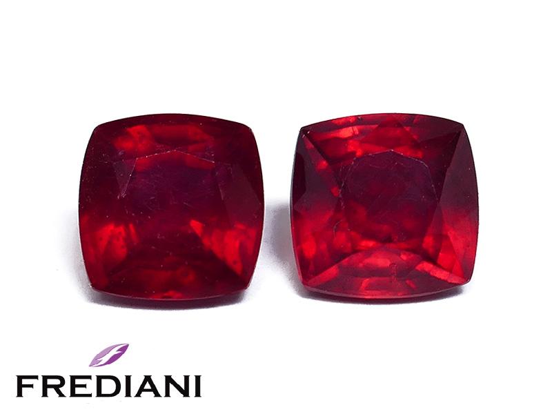 Appairage de rubis coussin traité