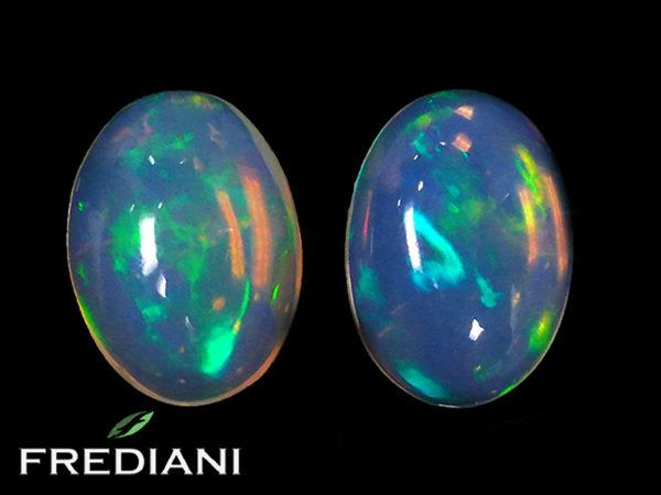 Appairage d'opales ovales naturelles