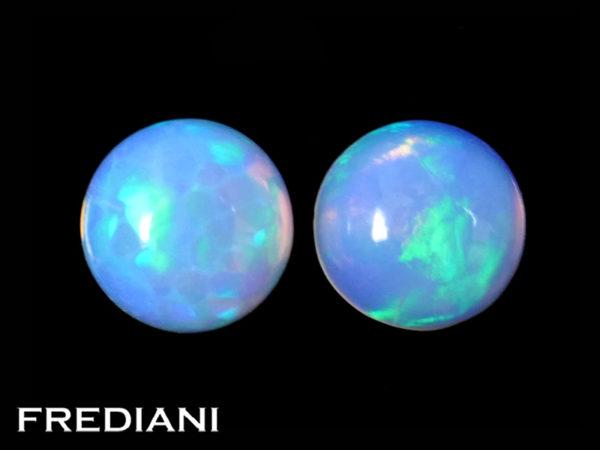 Appairage d'opales rondes naturelles