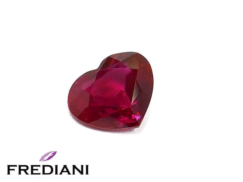 Rubis coeur naturel certifié