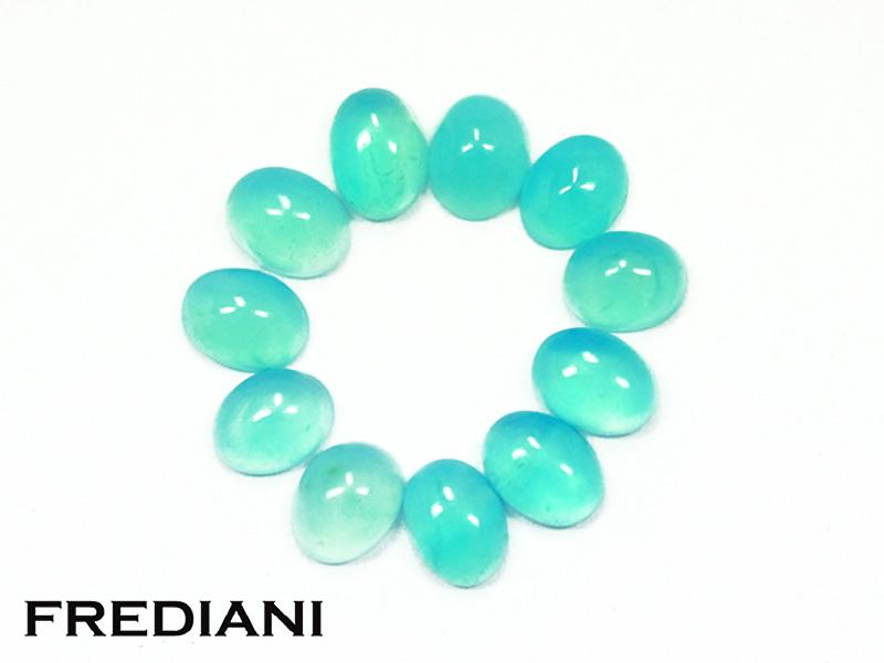 Lot d'opales bleues ovales cabochons naturelles