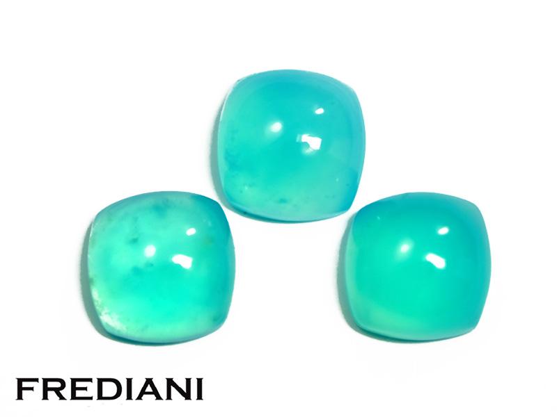 Lot d'opales bleues coussins cabochons naturelles