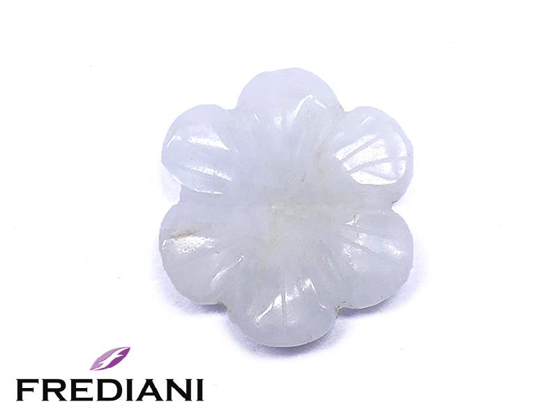 Fleur en saphir blanc naturel